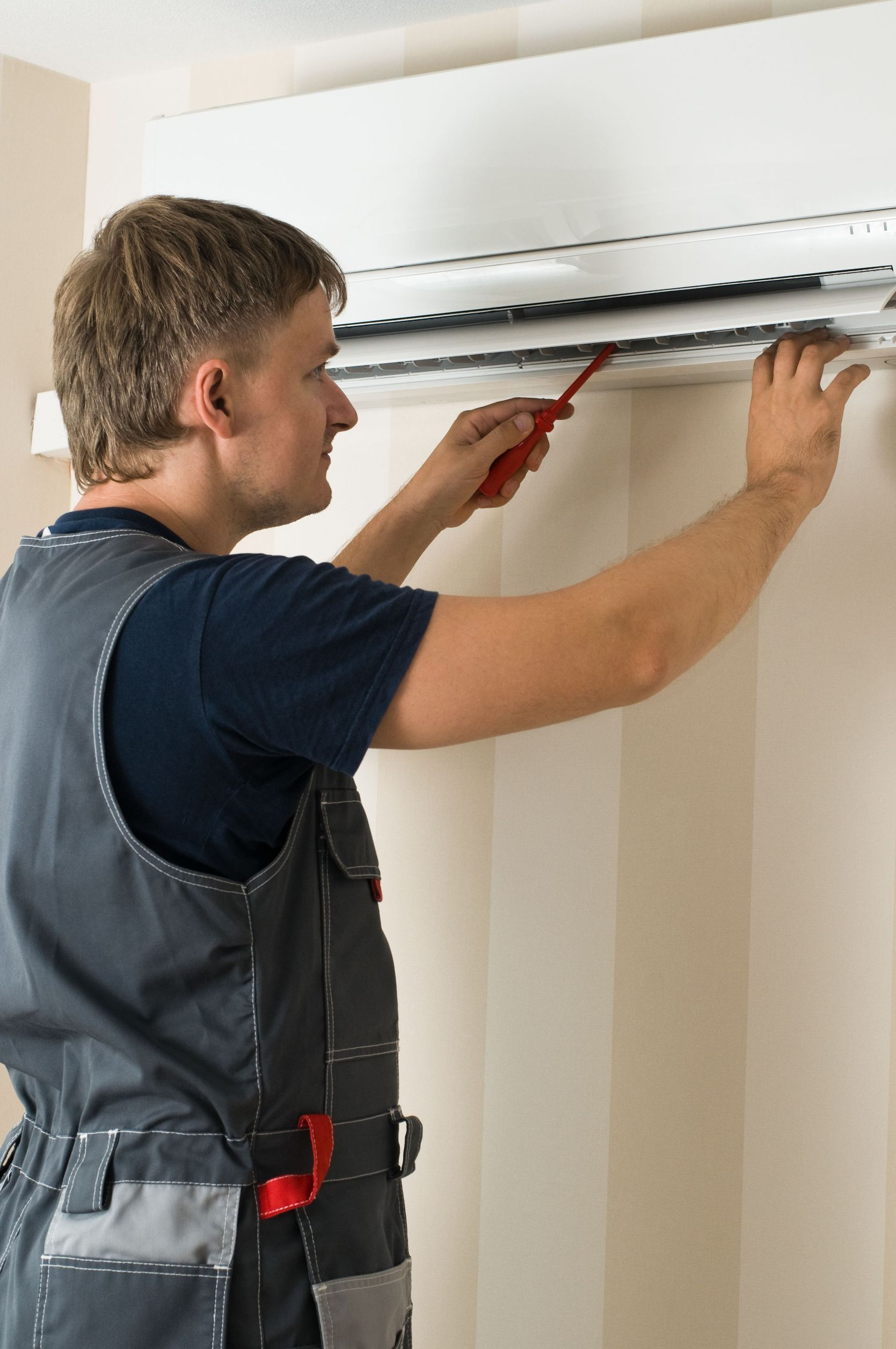 Use a Highly Trained Technician to Assist With Boiler Repair in Chicago