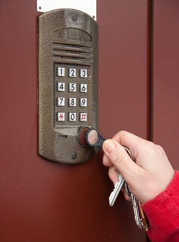Finding a Commercial Locksmith in Chicago You can Trust