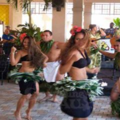 Enjoy Amazing Luaus and Modern Dancing with Hula Hoops in Honolulu