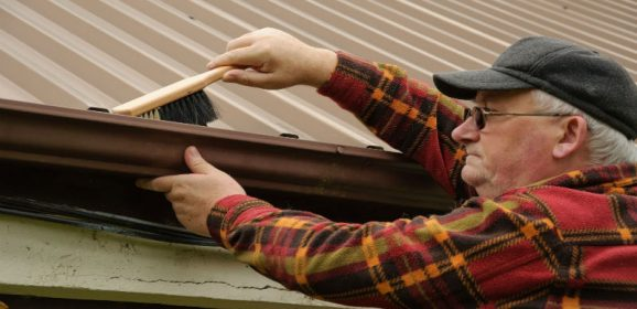 Why Routine Gutter Cleaning in Aurora CO is a Must