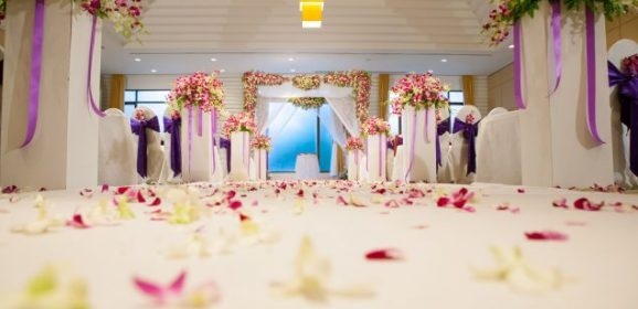 Luxurious Weddings with Country Club Glam at Great Prices in Orland Park