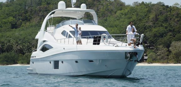 Choosing One of the Top Boat Dealers in Discovery Bay Is Best